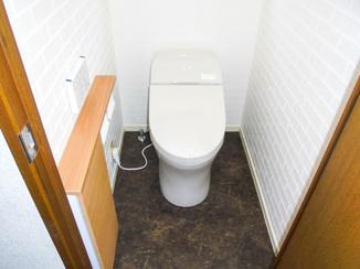 トイレリフォーム 収納を増やしつつ見た目がスッキリしたトイレ