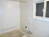 バスルームリフォーム高齢の母も入りやすい、あたたかく使い勝手の良い浴室