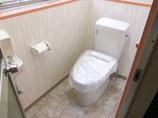 トイレリフォーム土足での利用を想定したテナント向け洋式トイレ