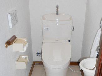 トイレリフォーム クッションフロアで掃除しやすく冬場でも快適になったトイレ