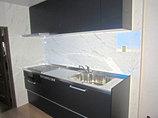 キッチンリフォーム2世帯で住むためクローゼットとキッチンを新設した部屋