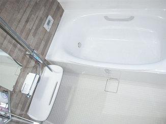 バスルームリフォーム 徹底的に寒さ対策をしたバスルーム