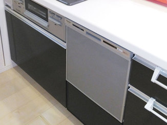 キッチンリフォーム システムキッチンに違和感なく後付けしたビルトイン食洗機