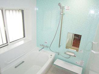 バスルームリフォーム あわせて一新した最新ユニットバス&洗面所