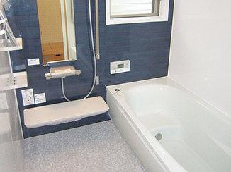 バスルームリフォーム 間取り変更で広くなった浴室と快適水廻り設備