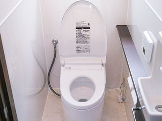 トイレリフォーム 使い勝手がよく掃除もしやすいトイレ
